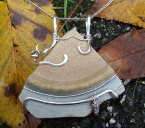 Custom Wire Wrap Jewelry - Plate Shard Back