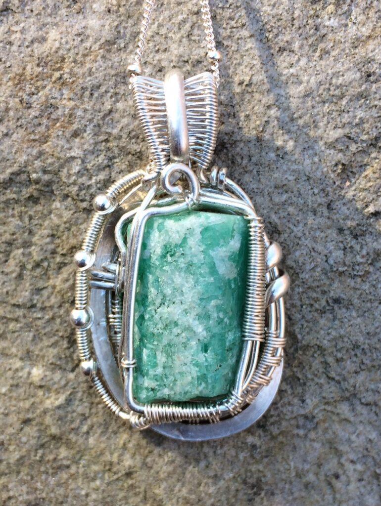 Custom Wire Wrap Jewelry - Emerald Back